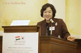 Prof. Dr. Kim Seon Jung alelnök, Koreai-Magyar Tarsasag