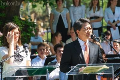 A szoboravatáson a koreai főszónok Kim Hyung-Ju, Szöul főpolgármester-helyettese volt